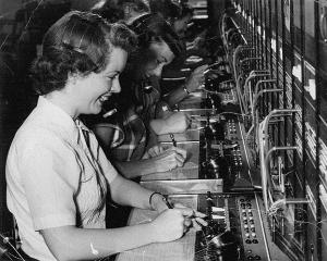 telefon.center1952