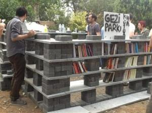 books.protest.taksim2013