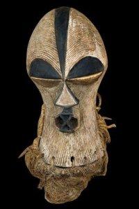 antique-africanMask-bulawayo-zimbabwe