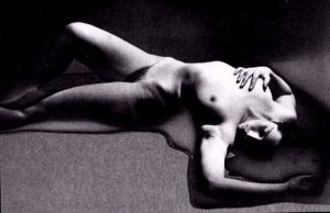 ManRay-PrimacyofMatteroverThought1929
