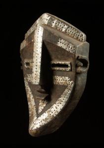 Luwalwa Mask