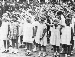 Little girls, Nuremberg rallies Nazi salutes, symbols Nazi.master.race