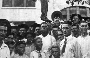 postcard 1920 lynching Texas Louisiana border.victim  16-year-old boy