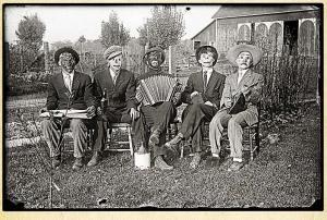 MaskedMusicians.Ohio1920