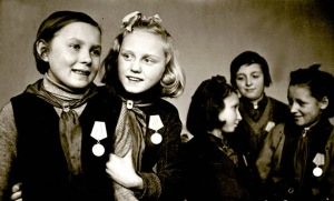 russia.children.in.worldwarII