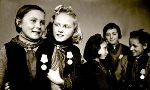 russia.children.in.worldwarII