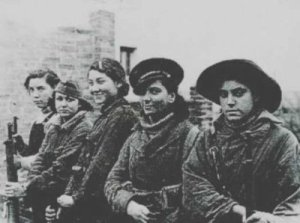 Spanish women. anti-fascists