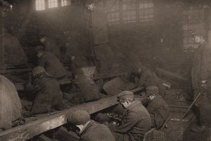 Lewis Hine-Miners boys Pennsylvania Coal Co