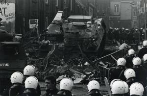 Dutch Military Police barricades Amsterdam squatter-riots 1980
