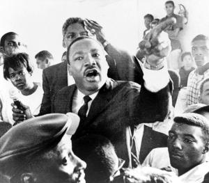 Martin_Luther_King_WattsRiots