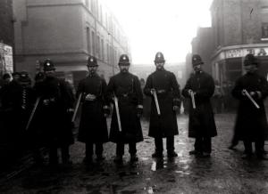 order Home Secretary Winston Churchill- Sidney Street Siege1911