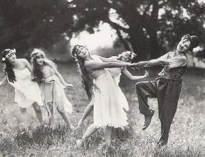 Sunnyside-Charlie Chaplin 1919