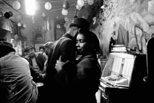 black.music.bar.Chicago.1960s