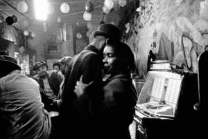 black.music.bar.Chicago.1960s