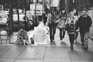 homeless.shoeShine
