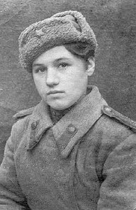 Klavdiya_Kalugina.age17.ww2.1943