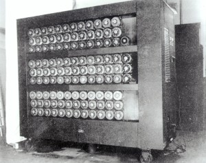 1943.bombe-code-breaking-machine-Bletchley-Park
