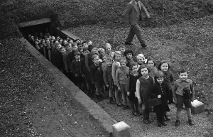 britain.Air-Raid-Shelter1939