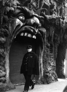 hell.paris1952