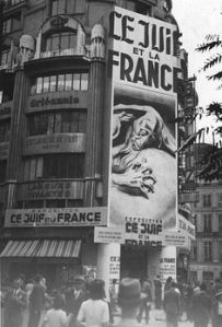 Paris-under-Nazi-occupation