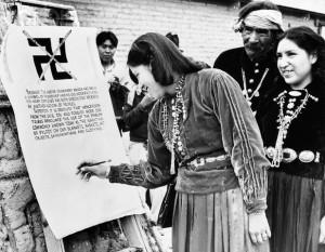 1940-navajo-papago-apache-hopi-banned-swastika