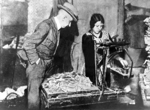 1923-useless-money-weimar