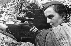 ww2-russian-girl-sniper-lyudmila-pavlichenko